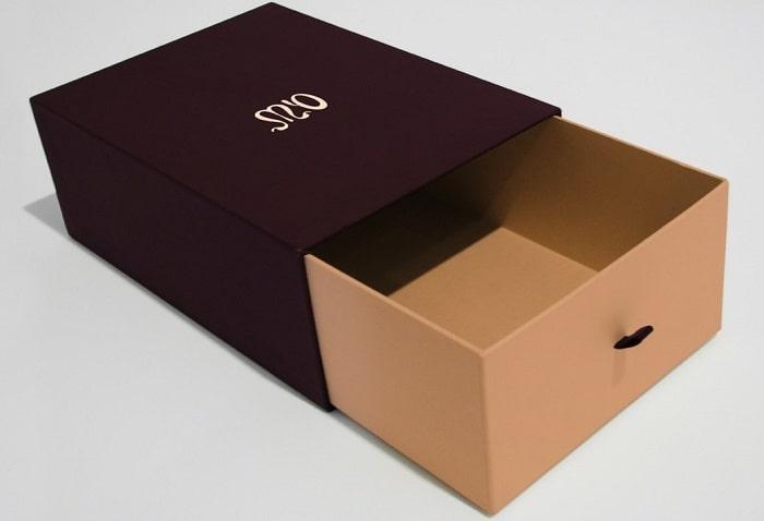 In hộp giấy ivory thịnh hành
