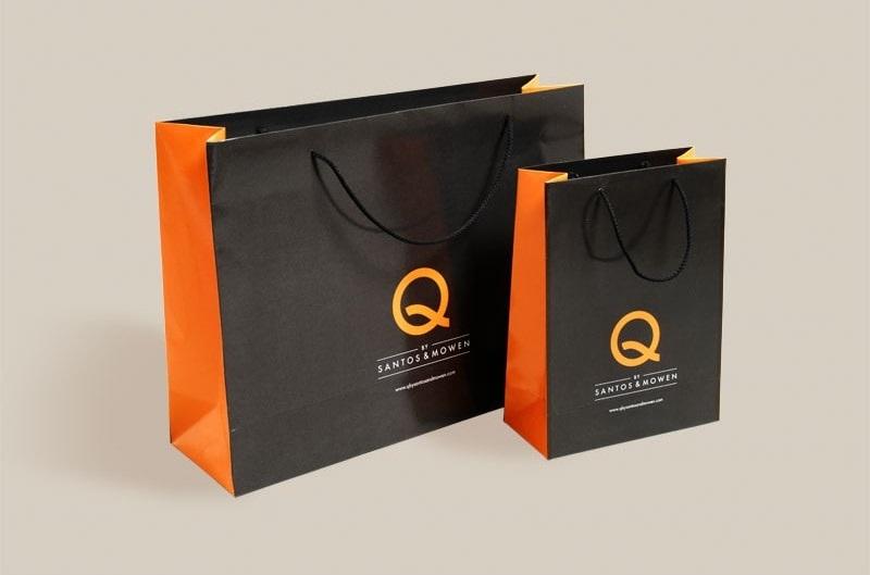 mẫu túi giấy 2 màu sang trọng đen cam