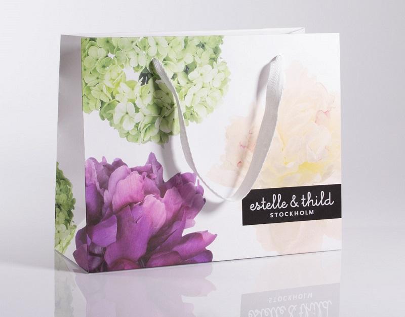 mẫu túi giấy couche đẹp hình hoa