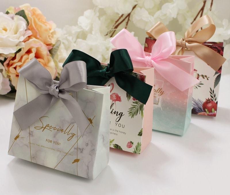 20+ mẫu túi giấy đựng quà đẹp nhiều kích thước